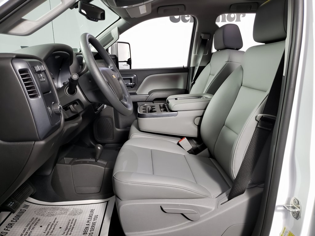 2019 Silverado 2500 Double Cab 4x4, Reading SL Service Body #ZT6452 - photo 9