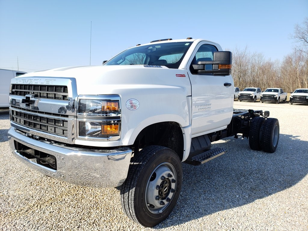2019 Silverado 4500 Regular Cab DRW 4x4, Cab Chassis #ZT6706 - photo 3