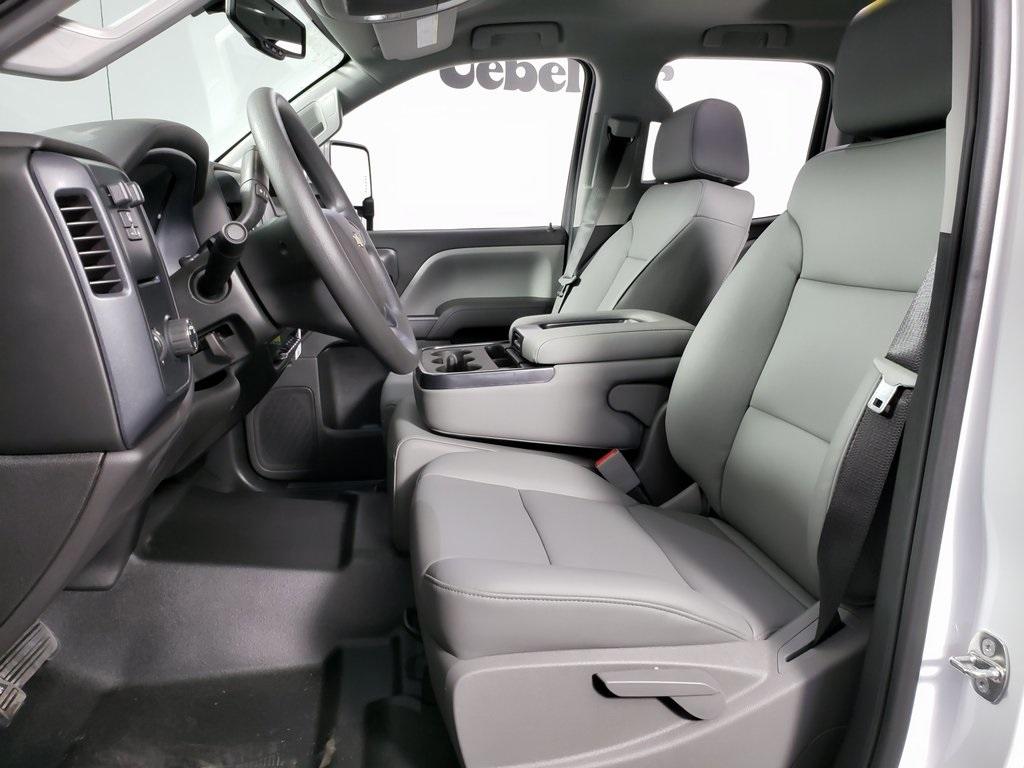 2019 Silverado 2500 Double Cab 4x2, Reading SL Service Body #ZT6929 - photo 10