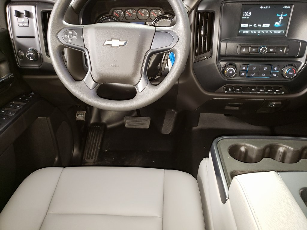 2019 Silverado 2500 Double Cab 4x2, Reading SL Service Body #ZT6973 - photo 12