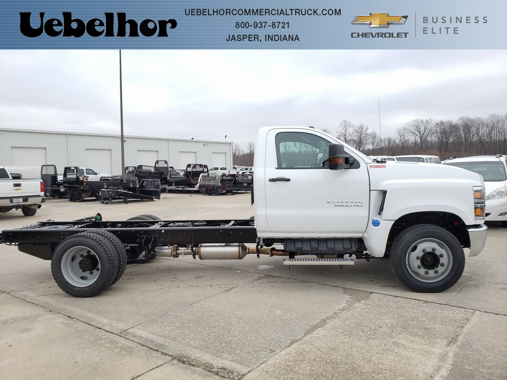 2020 Silverado 5500 Regular Cab DRW 4x2, Cab Chassis #ZT7091 - photo 1