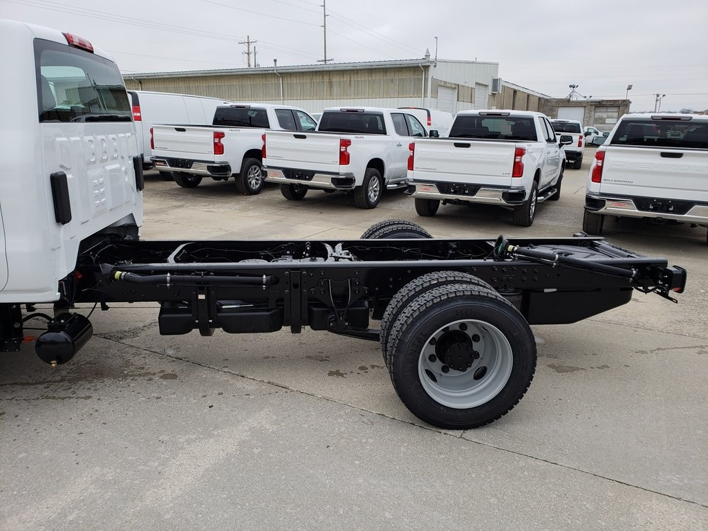 2020 Silverado 5500 Regular Cab DRW 4x2, Cab Chassis #ZT7091 - photo 5