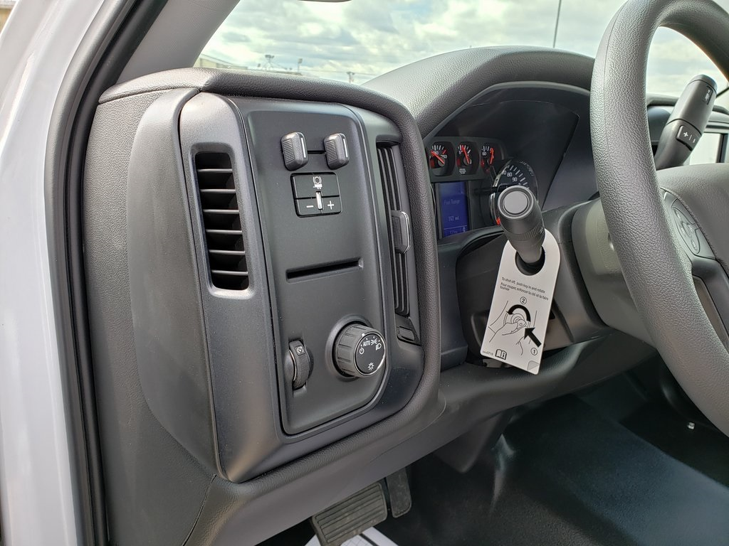 2019 Silverado 4500 Regular Cab DRW 4x2, Reading Classic II Steel Service Body #ZT7296 - photo 9