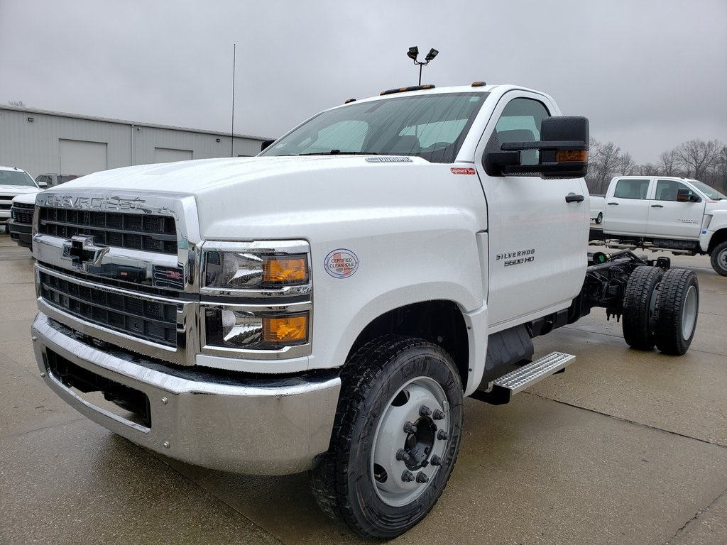 2020 Silverado 5500 Regular Cab DRW 4x2, Cab Chassis #ZT7349 - photo 3