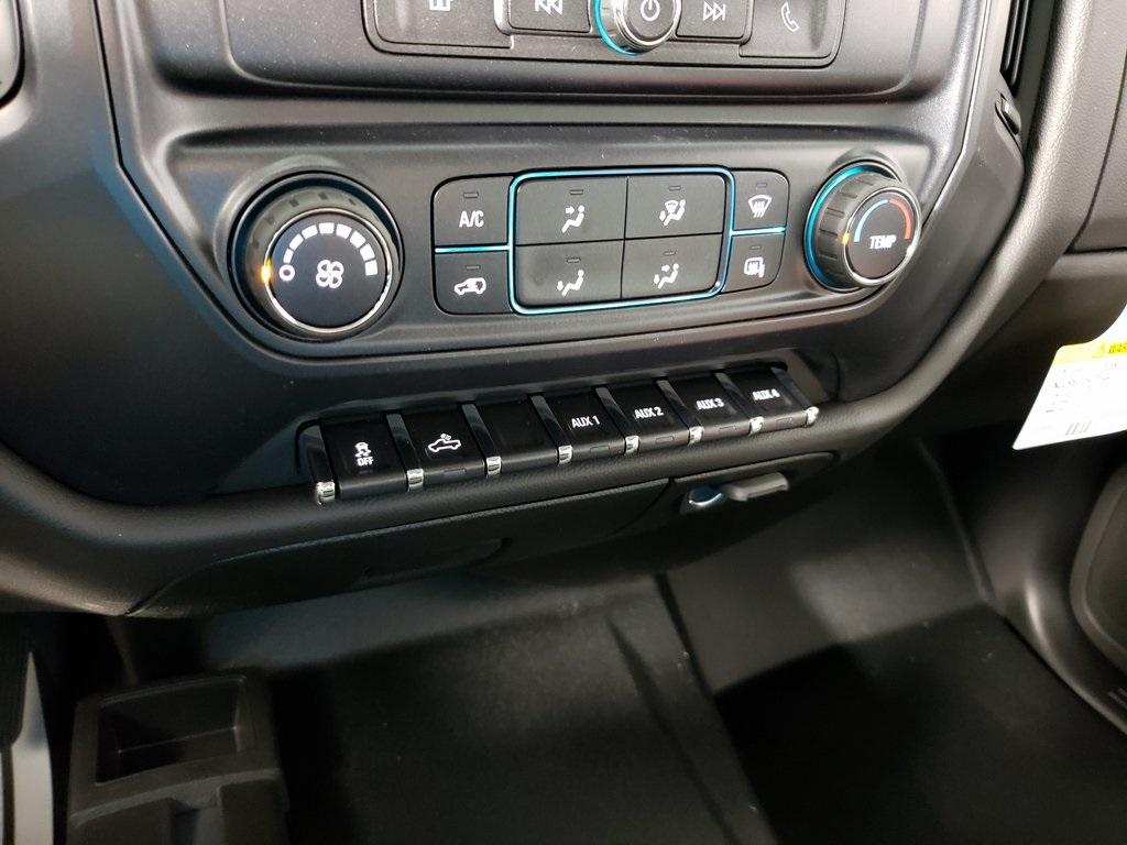 2019 Silverado 2500 Double Cab 4x4, Knapheide Steel Service Body #ZT7375 - photo 14