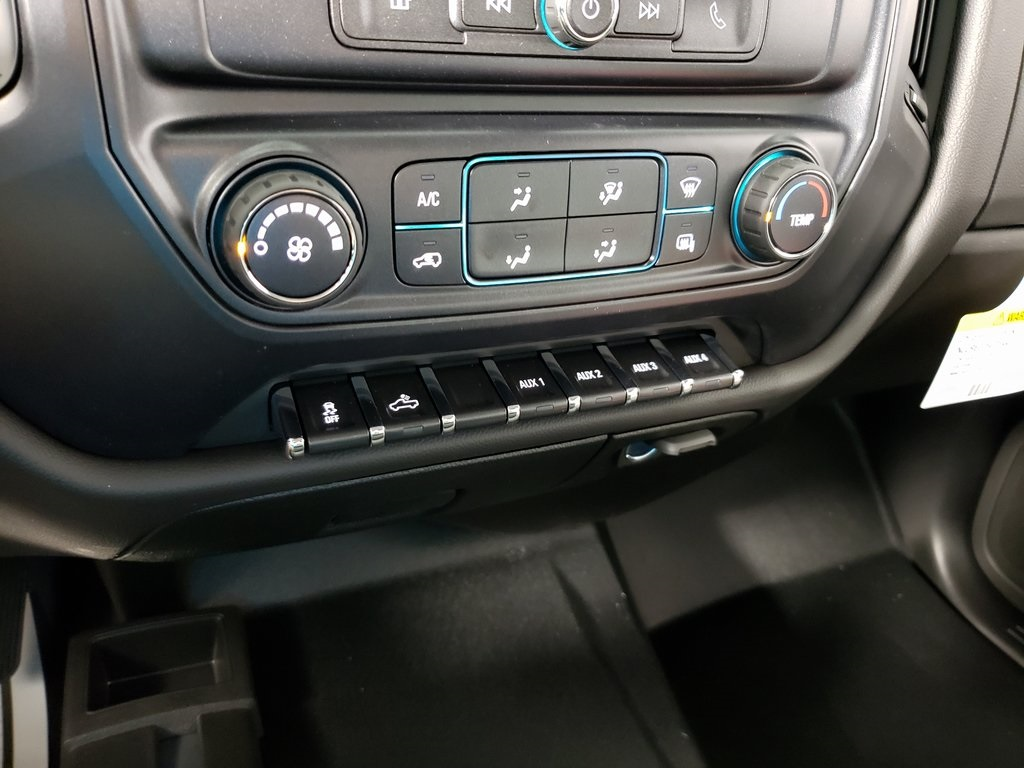 2019 Silverado 2500 Double Cab 4x4, Knapheide Service Body #ZT7506 - photo 14