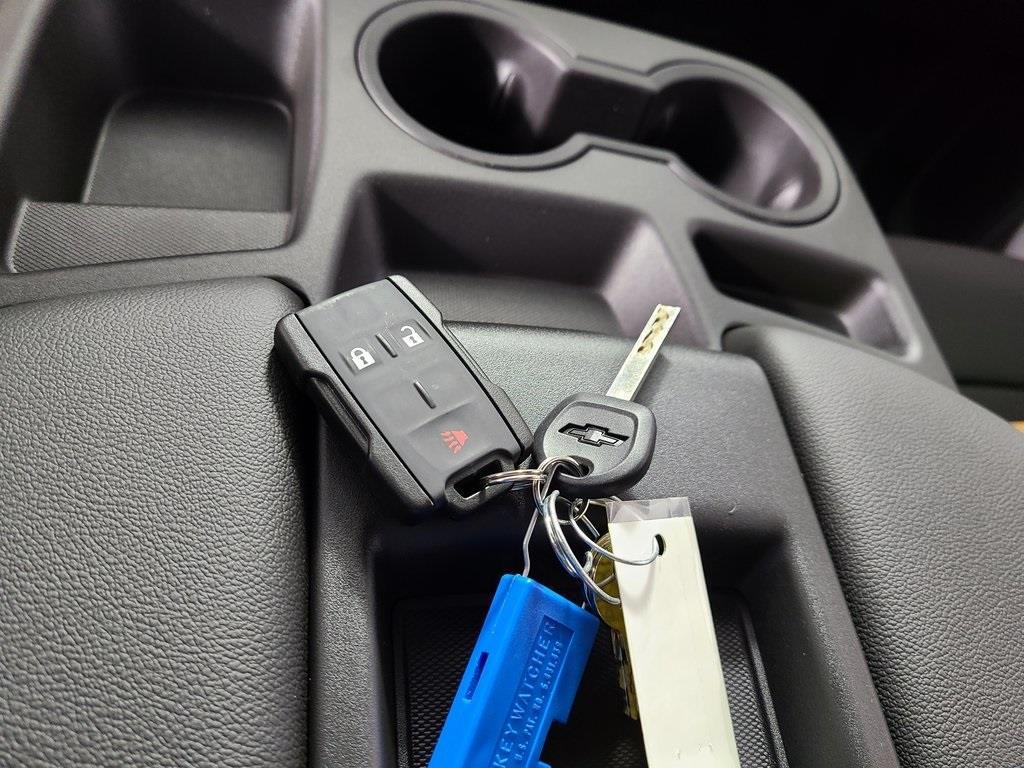 2020 Chevrolet Silverado 3500 Regular Cab DRW 4x2, Reading Classic II Steel Service Body #ZT8400 - photo 15