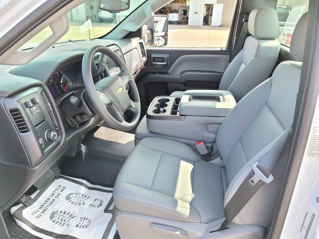 2020 Chevrolet Silverado 5500 Regular Cab DRW 4x2, Knapheide Steel Service Body #ZT8454 - photo 9