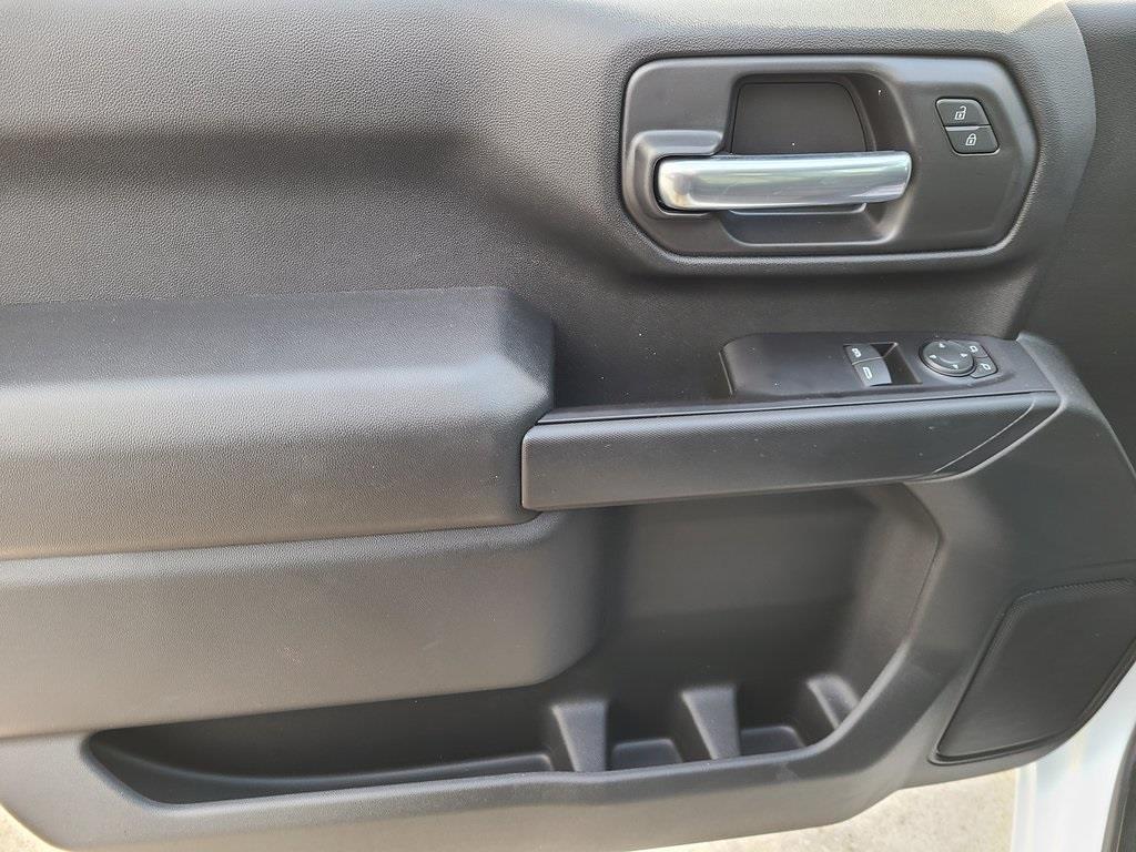 2020 Chevrolet Silverado 3500 Regular Cab DRW 4x4, Reading Classic II Steel Service Body #ZT9234 - photo 7