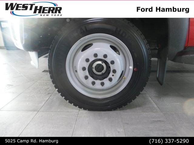 2016 F-550 Regular Cab DRW 4x4, Cab Chassis #FHF163387 - photo 4