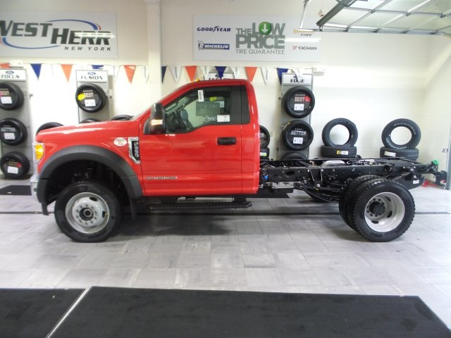2017 F-550 Regular Cab DRW 4x4, Cab Chassis #FHF170976 - photo 3