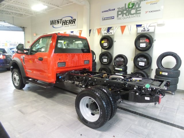 2017 F-550 Regular Cab DRW 4x4, Cab Chassis #FHF170976 - photo 2