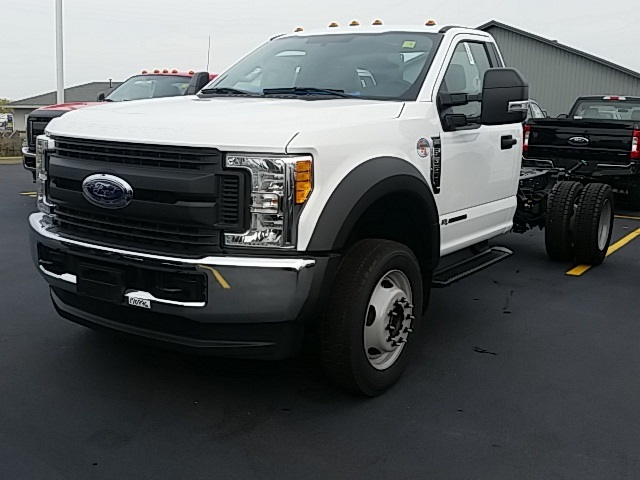 2017 F-550 Regular Cab DRW 4x4, Cab Chassis #FHF170996 - photo 4