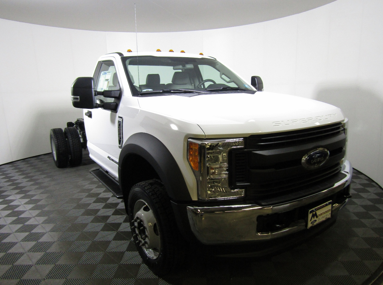 2017 F-550 Regular Cab DRW 4x4 Cab Chassis #175385 - photo 4