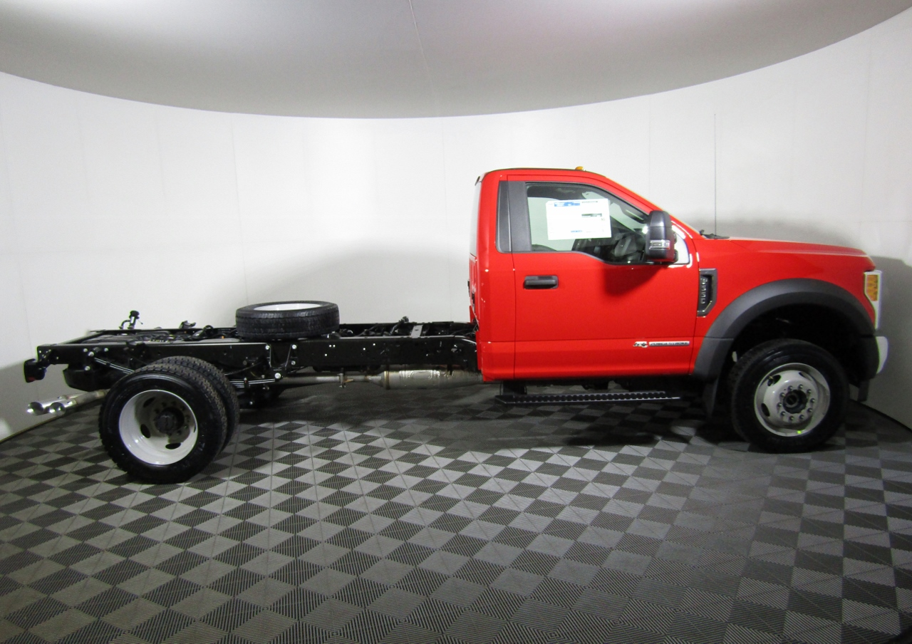 2017 F-550 Regular Cab DRW 4x4 Cab Chassis #175480 - photo 3