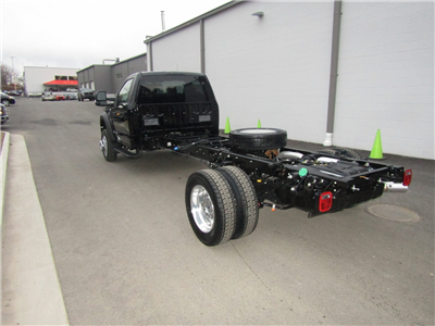 2017 F-550 Regular Cab DRW 4x4, Cab Chassis #175480 - photo 2