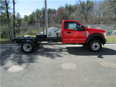 2017 F-450 Regular Cab DRW Cab Chassis #175601 - photo 3