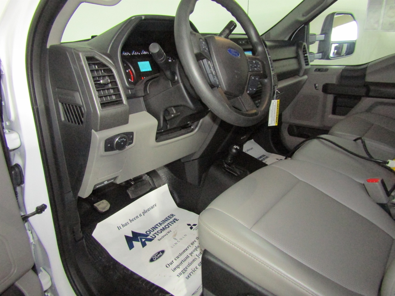 2017 F-450 Regular Cab DRW 4x4, Knapheide Dump Body #176043 - photo 10