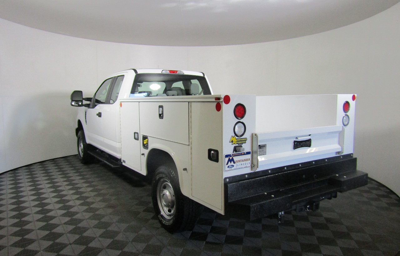 2017 F-250 Super Cab 4x4, Knapheide Service Body #176053 - photo 2