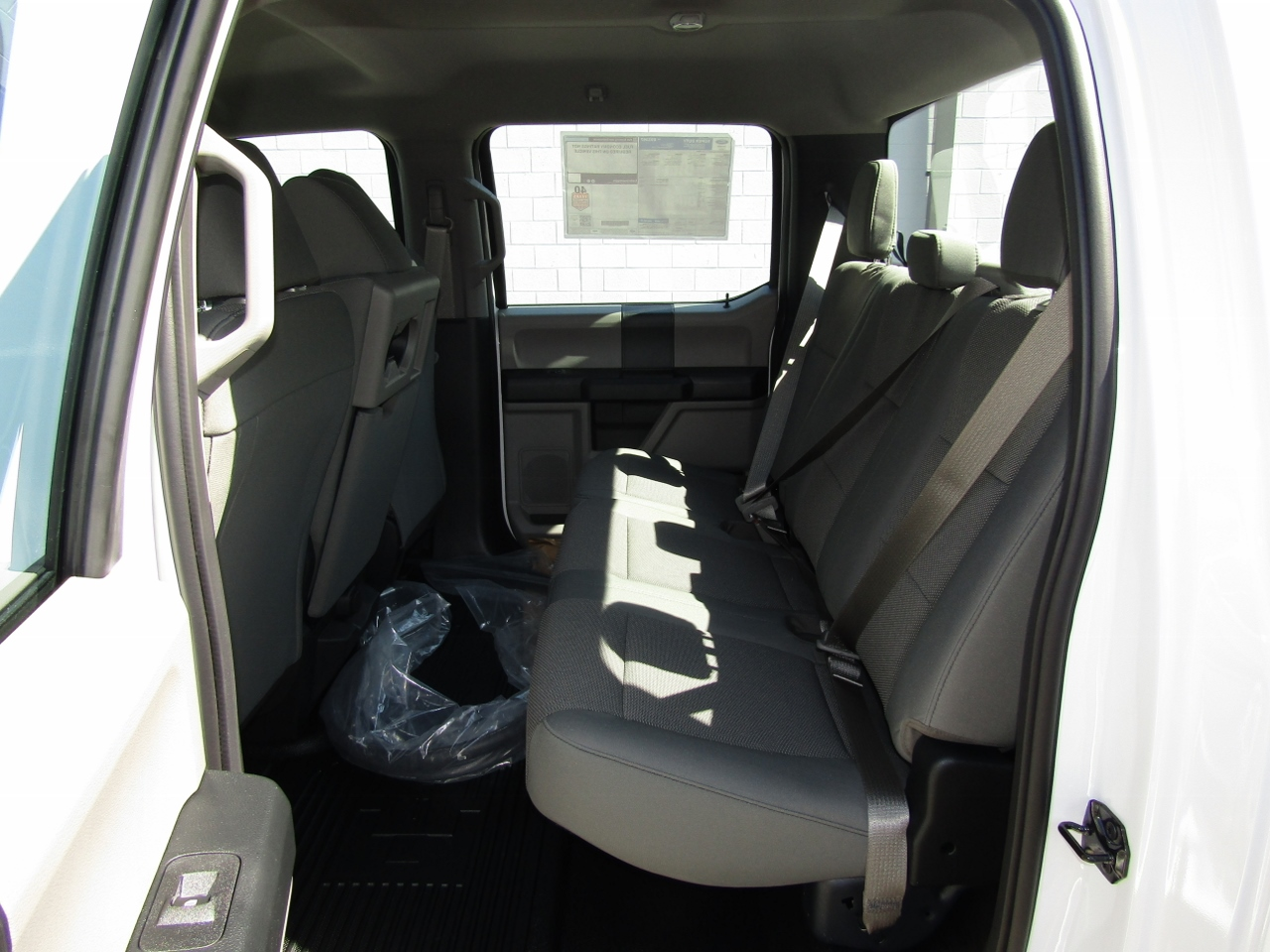2017 F-550 Crew Cab DRW 4x4 Cab Chassis #176095 - photo 13