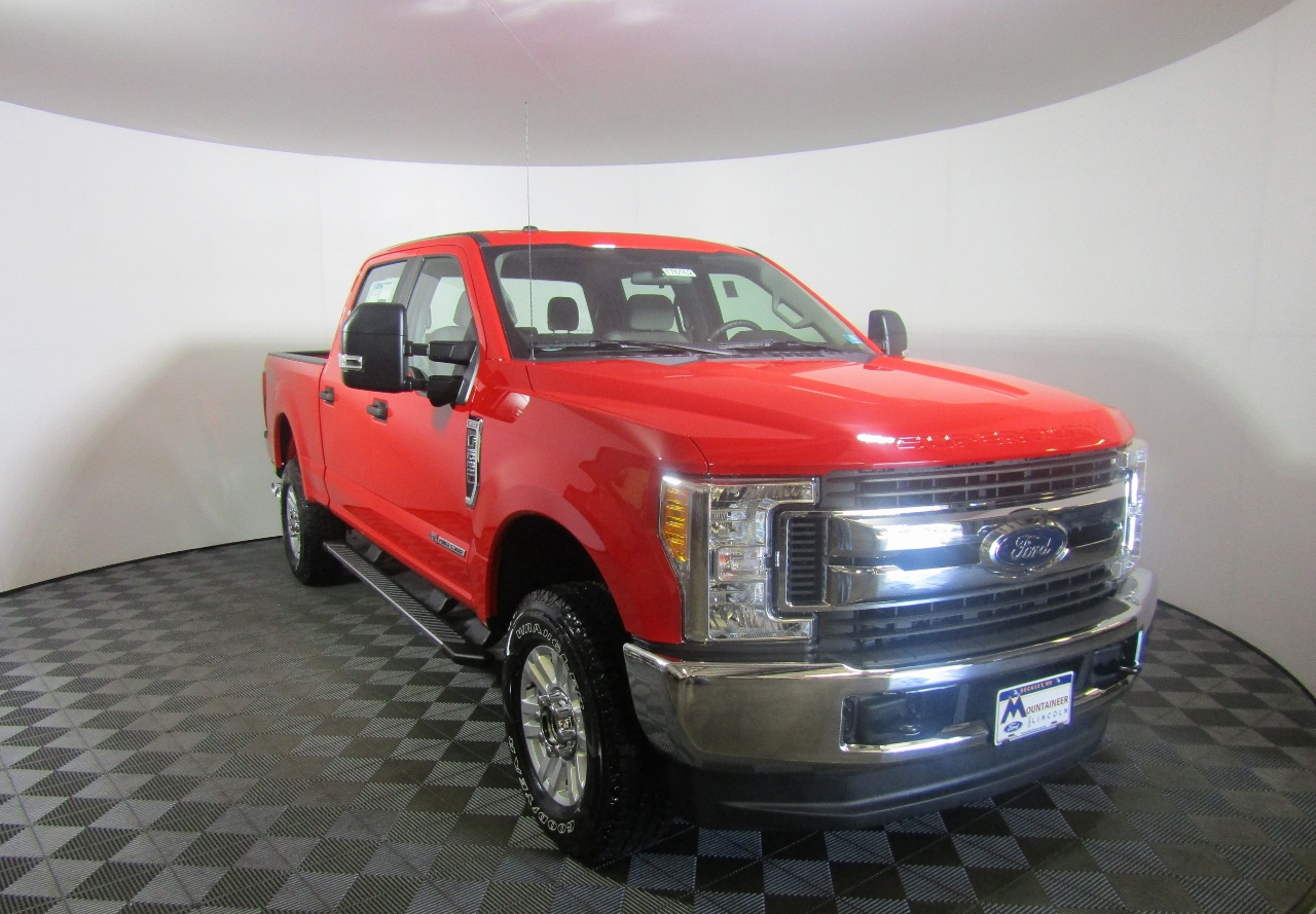 2017 F-250 Crew Cab 4x4, Pickup #176162 - photo 5