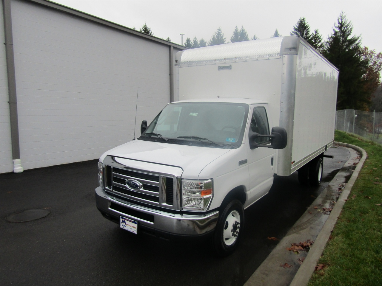 2017 E-450, Knapheide Box Bodies Cutaway Van #176170 - photo 1