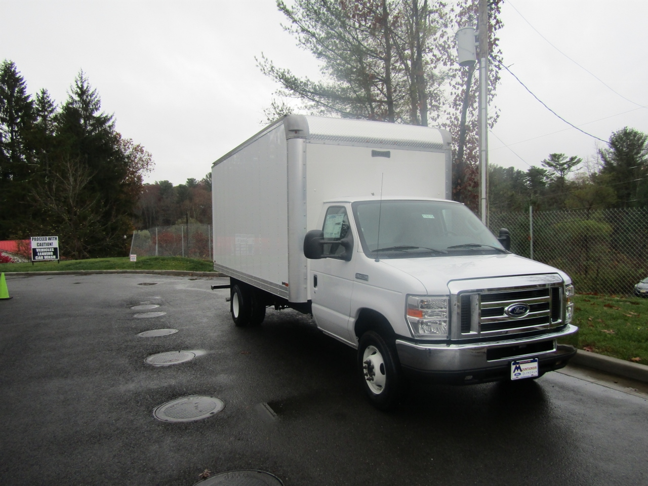 2017 E-450, Knapheide Box Bodies Cutaway Van #176170 - photo 5
