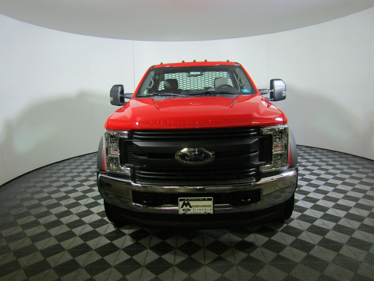 2017 F-550 Regular Cab DRW 4x4,  Knapheide Platform Body #176227 - photo 4