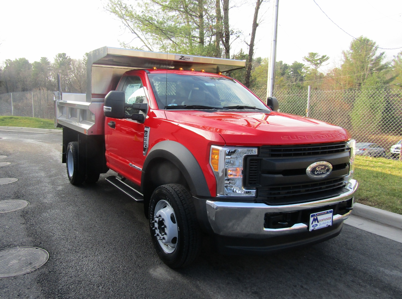2017 F-550 Regular Cab DRW 4x4, Rugby Dump Body #176237 - photo 5