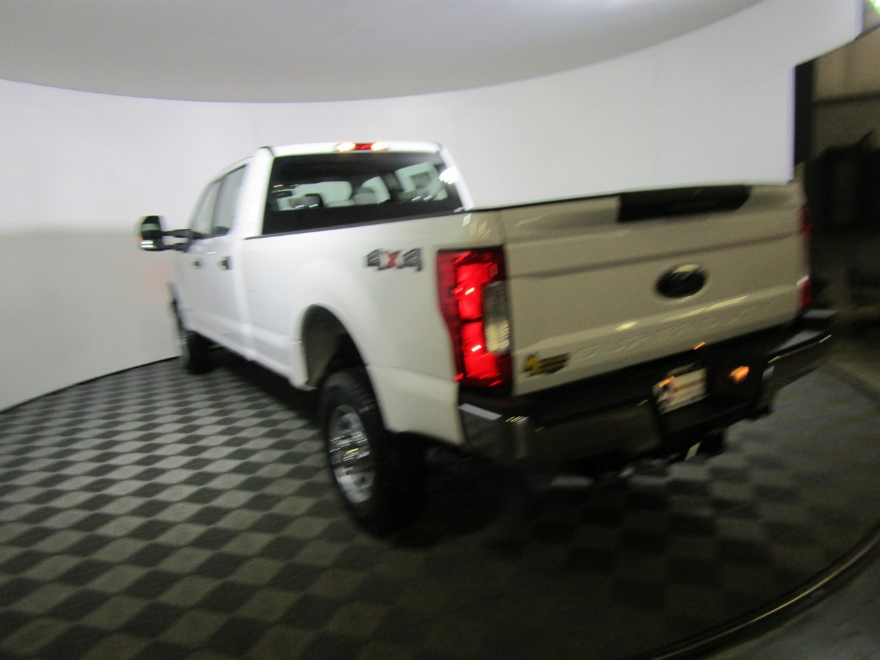 2017 F-350 Crew Cab 4x4 Pickup #176255 - photo 2