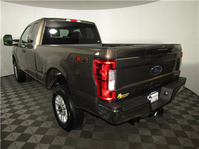 2017 F-250 Super Cab 4x4, Pickup #176256 - photo 2