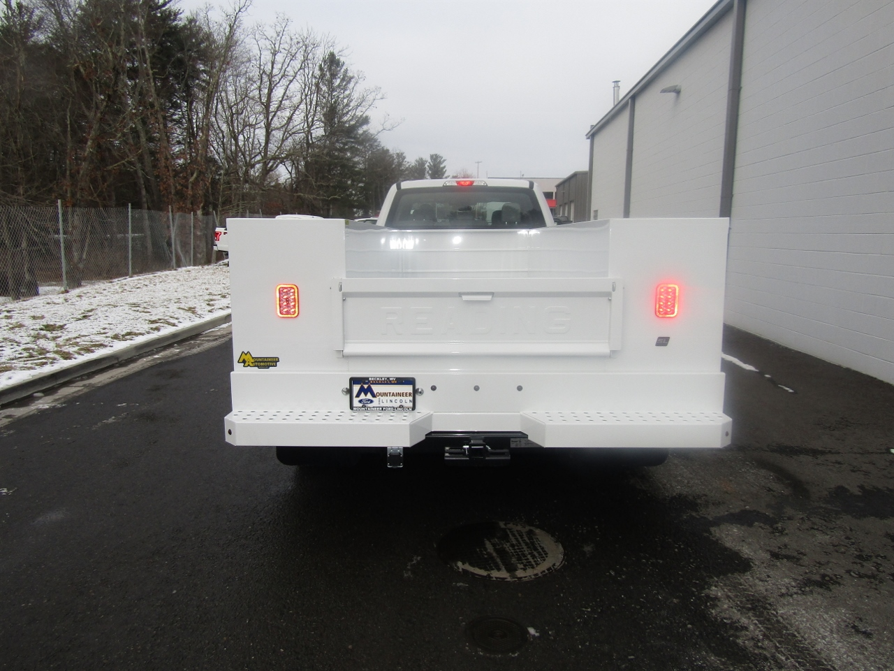 2017 F-550 Crew Cab DRW 4x4, Reading Service Body #176280 - photo 7