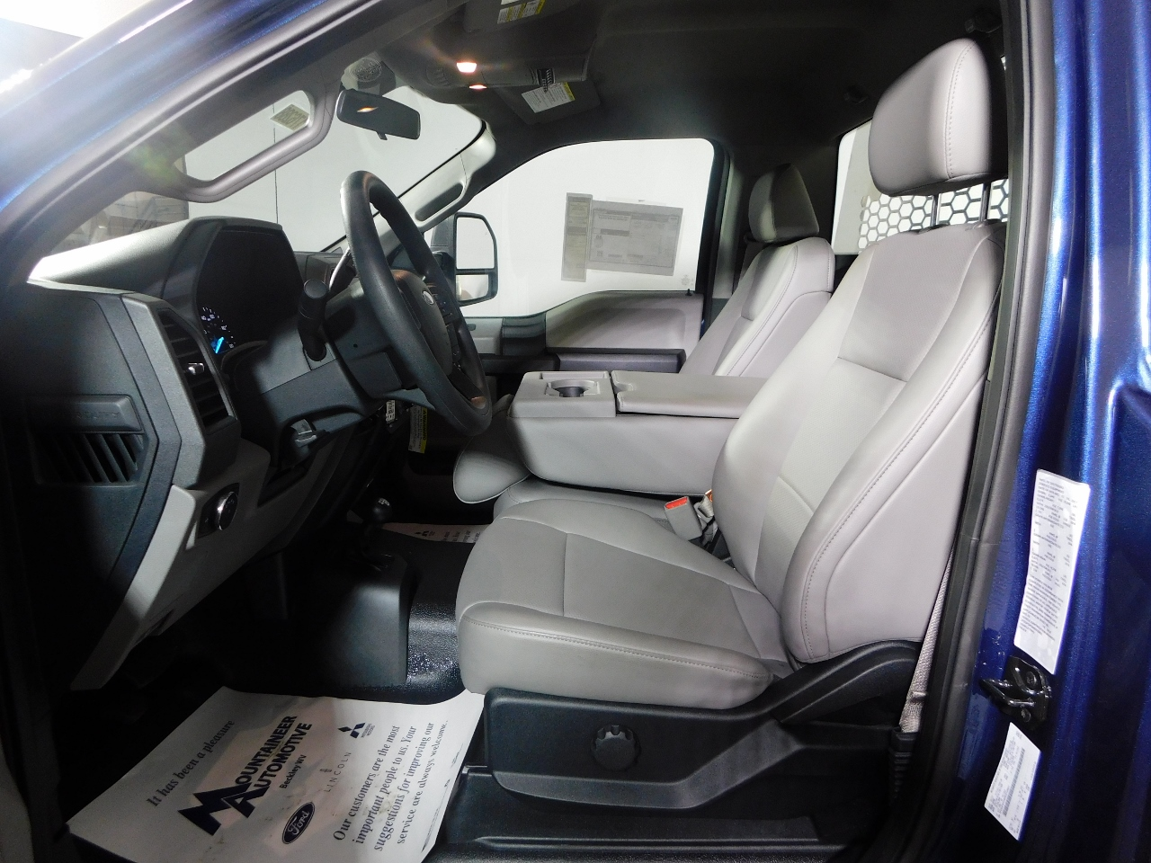 2017 F-550 Regular Cab DRW 4x4, Knapheide Platform Body #176288 - photo 10