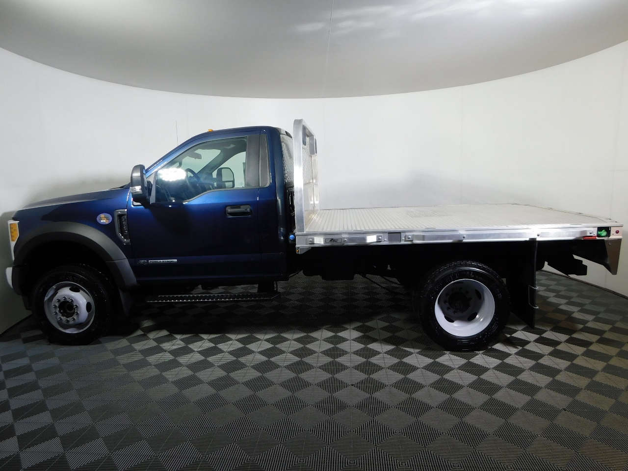 2017 F-550 Regular Cab DRW 4x4, Knapheide Platform Body #176288 - photo 3