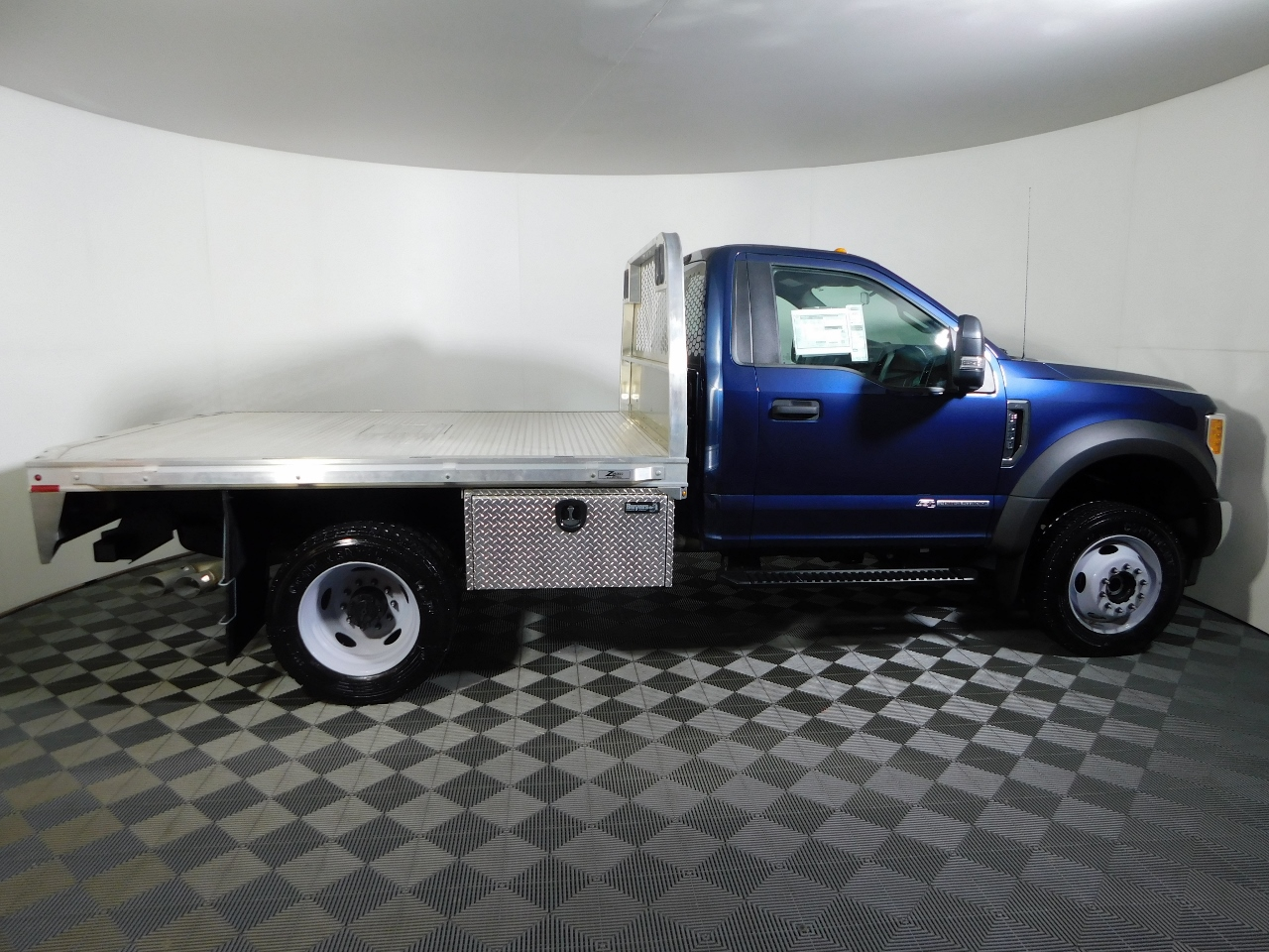 2017 F-550 Regular Cab DRW 4x4, Knapheide Platform Body #176288 - photo 8
