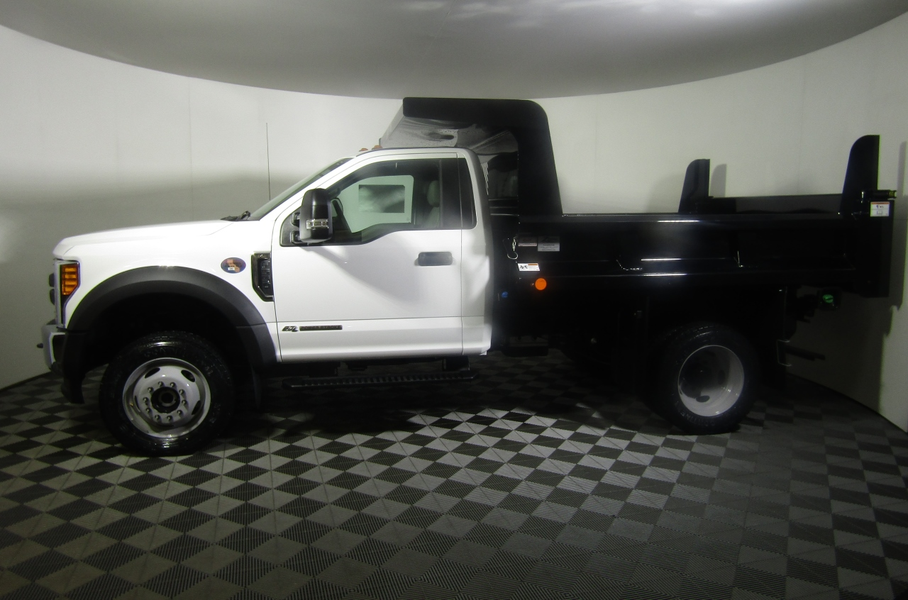 2017 F-550 Regular Cab DRW 4x4, Dump Body #176290 - photo 3