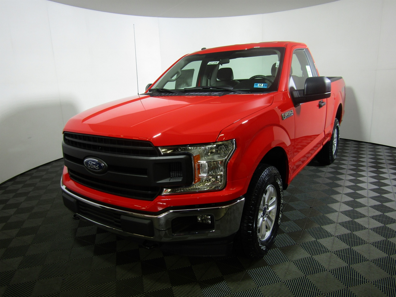 2018 F-150 Regular Cab 4x4, Pickup #183496 - photo 1