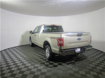 2018 F-150 Super Cab 4x4, Pickup #186520 - photo 2