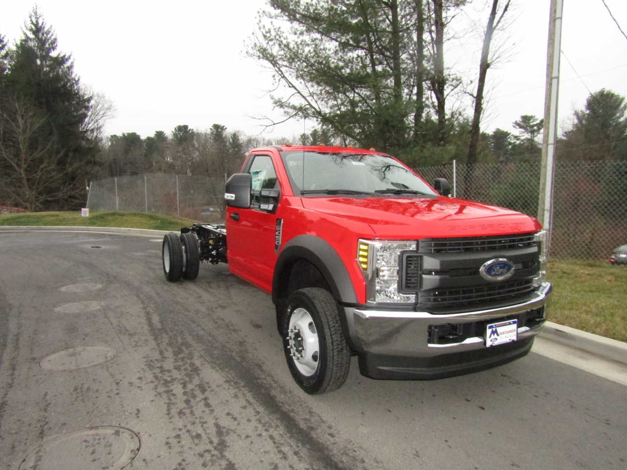 2018 F-450 Regular Cab DRW 4x4,  Cab Chassis #186578 - photo 5