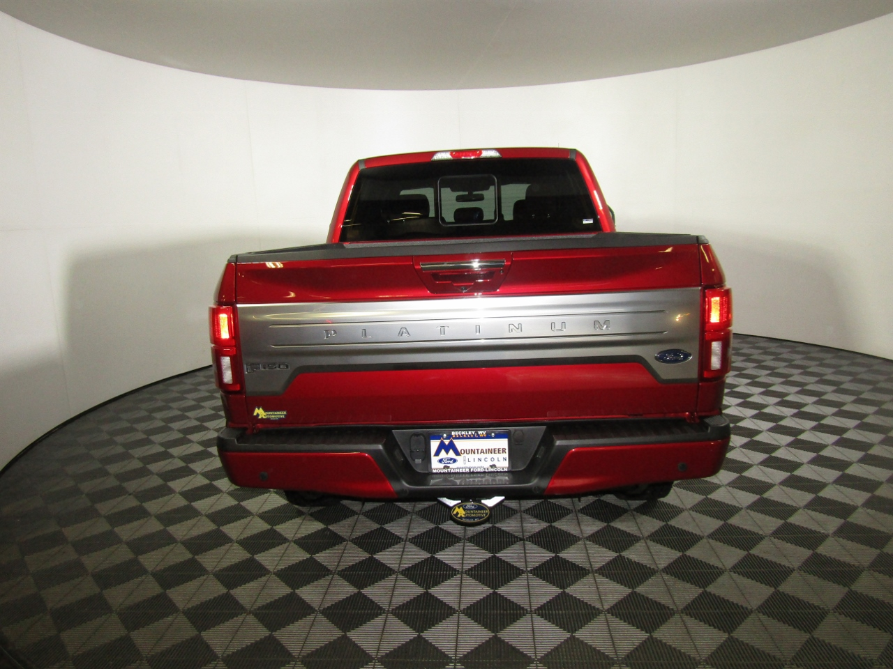 2018 F-150 Crew Cab 4x4 Pickup #186580 - photo 7
