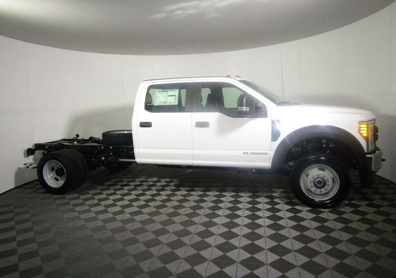 2018 F-550 Crew Cab DRW 4x4,  Cab Chassis #186667 - photo 8