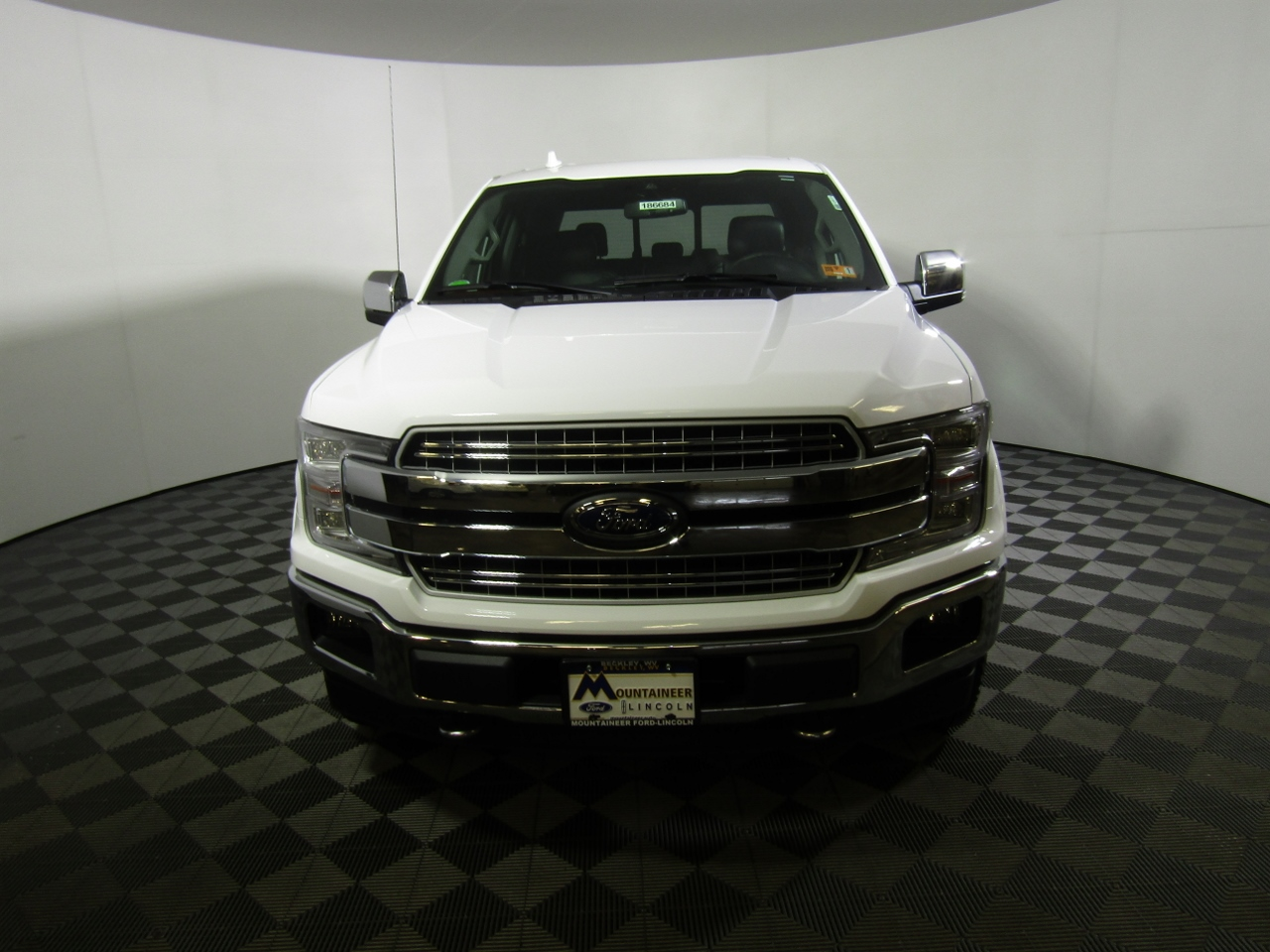 2018 F-150 SuperCrew Cab 4x4,  Pickup #186684 - photo 4