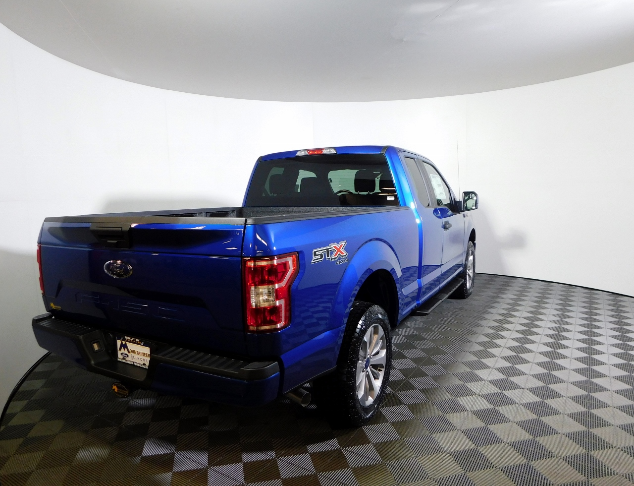 2018 F-150 Super Cab 4x4, Pickup #186878 - photo 2