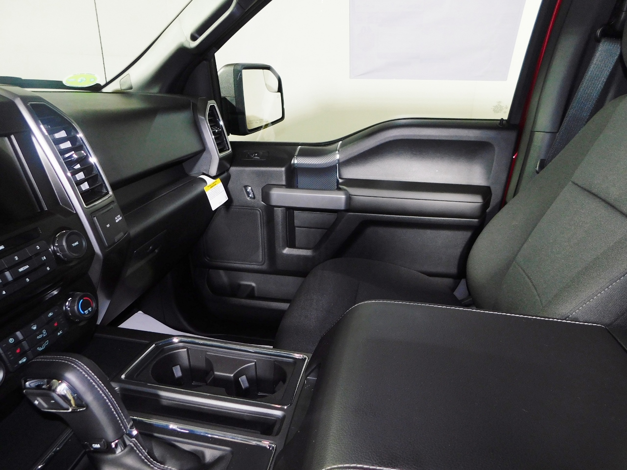 2018 F-150 SuperCrew Cab 4x4,  Pickup #187034 - photo 12