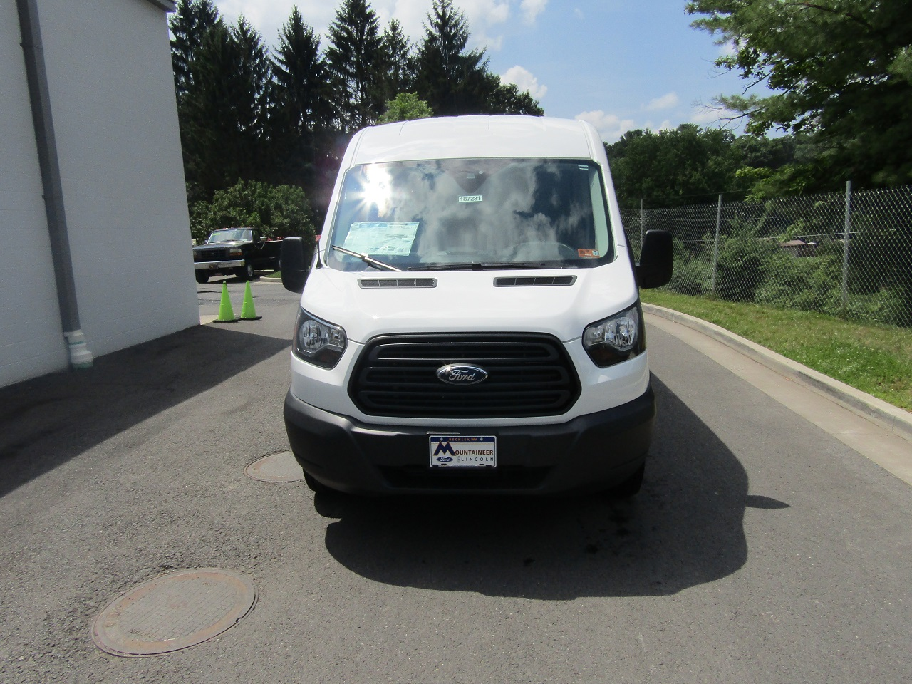 2018 Transit 250 Med Roof 4x2,  Empty Cargo Van #187281 - photo 4