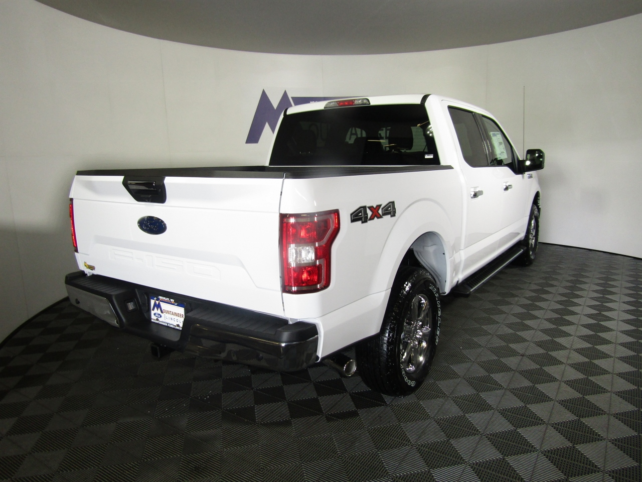 2018 F-150 SuperCrew Cab 4x4,  Pickup #187516 - photo 7