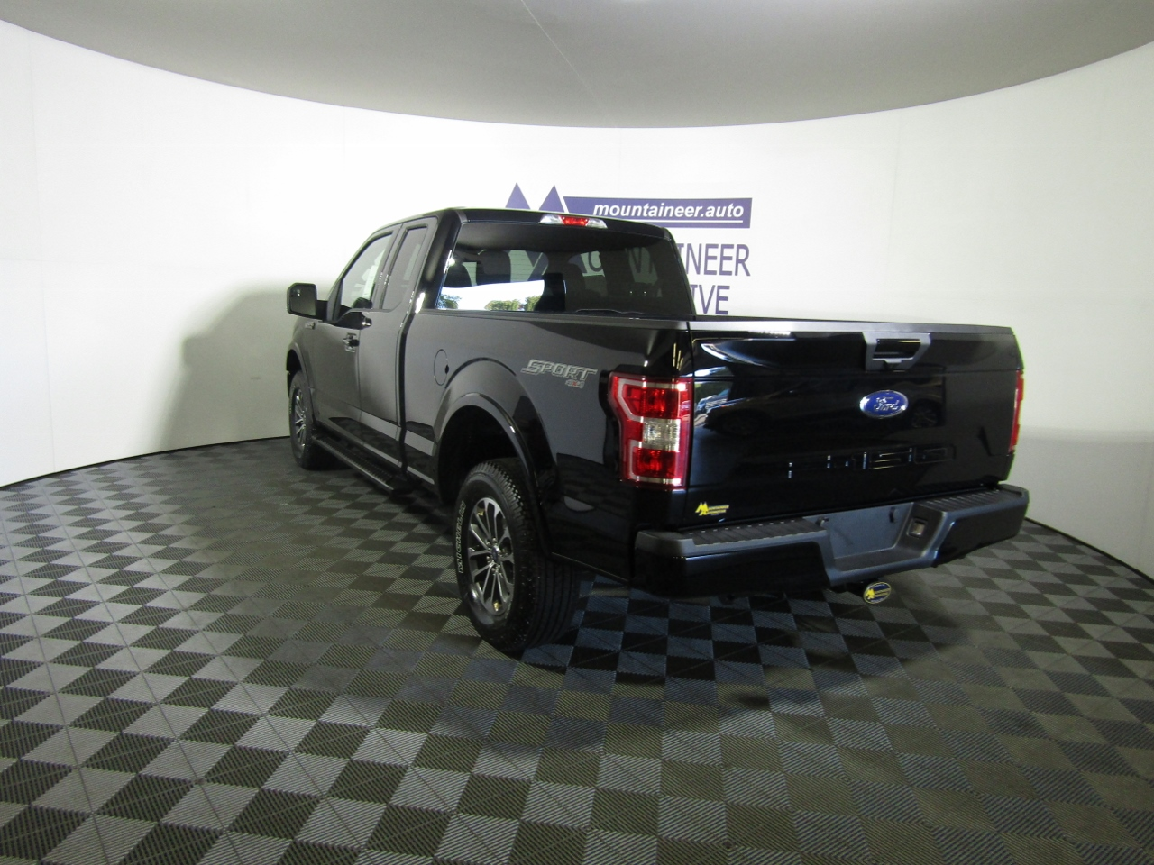 2018 F-150 Super Cab 4x4,  Pickup #187529 - photo 2
