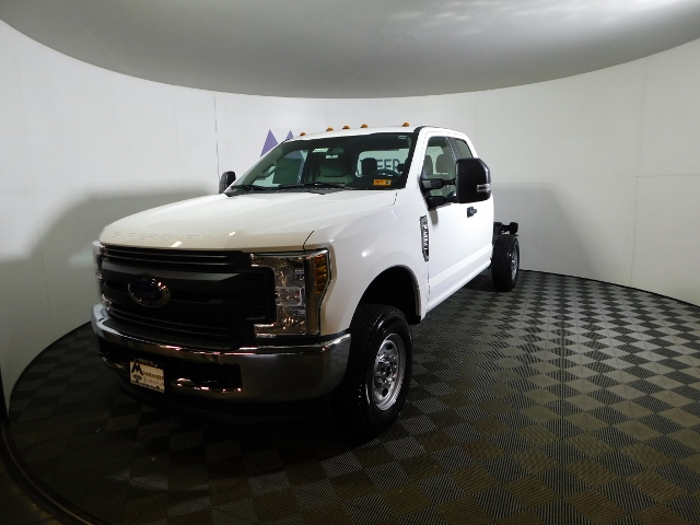 2019 F-250 Super Cab 4x4,  Cab Chassis #190035 - photo 3