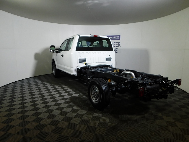 2019 F-250 Super Cab 4x4,  Cab Chassis #190035 - photo 2
