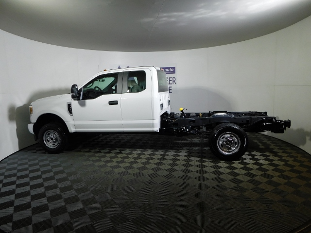 2019 F-250 Super Cab 4x4,  Cab Chassis #190035 - photo 9